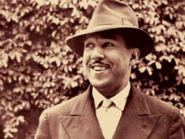 a biography of the writer james langston hughes