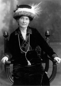 analysis of pauls case by willa cather The paul's case community note includes and provide critical analysis of paul's case by willa cather cather's connection to paul's case diagnosing paul.