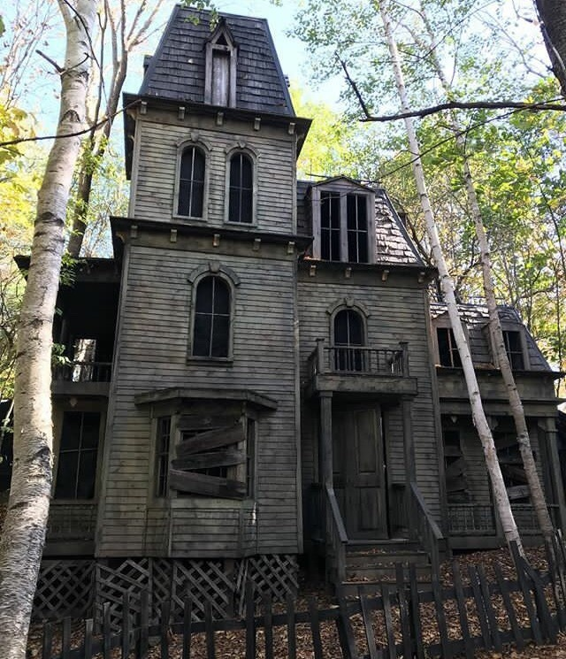 Spooky Old House In New Hampshire
