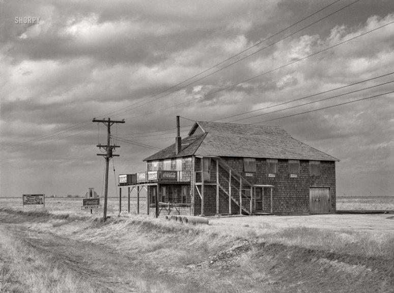 1942 ~ Missouri, Abandoned Roadhouse