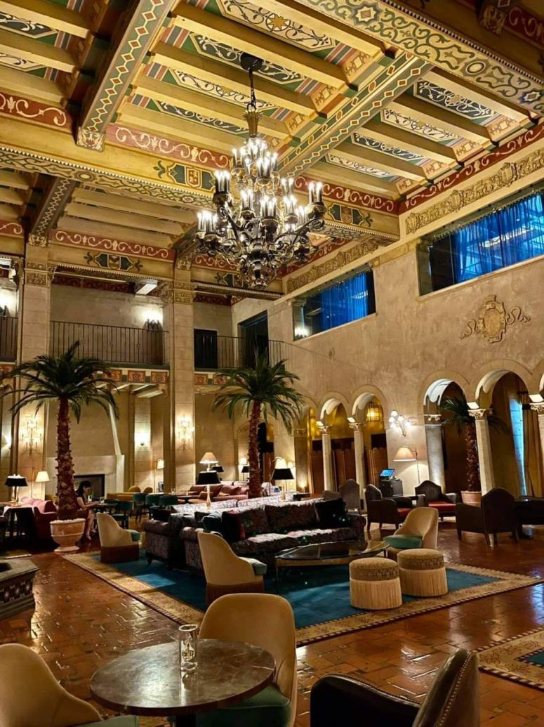 Hollywood Roosevelt Hotel Lobby (Hotel Built 1927)