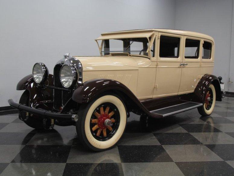 1928 Auburn 8.88 Sedan